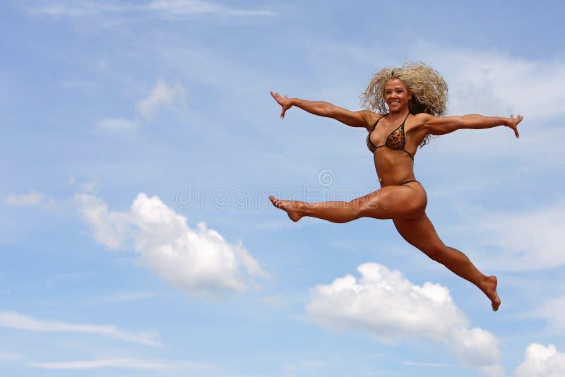 Bodybuilder fêmea imagem de stock