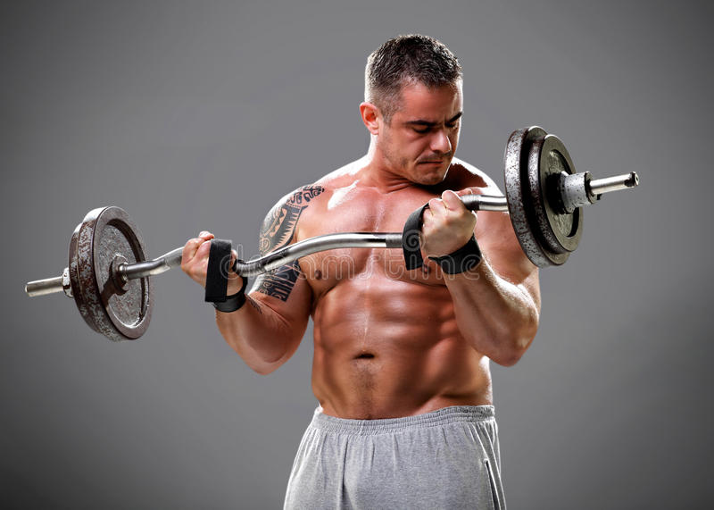 Bodybuilder lifting some weights, closeup 2 — Stock Photo