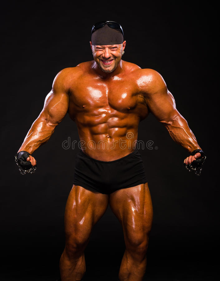Bodybuilder musculaire beau photos stock