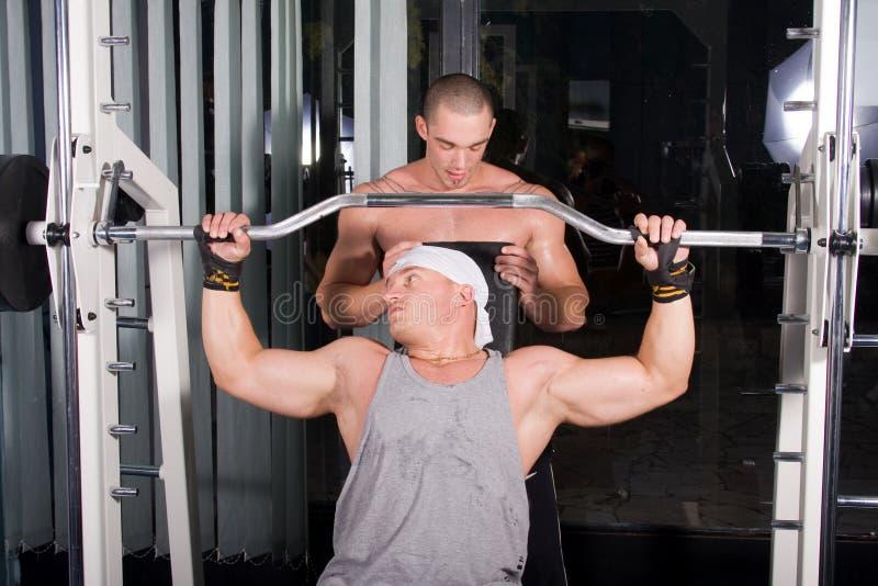 Bodybuilderausbildung stockfotografie