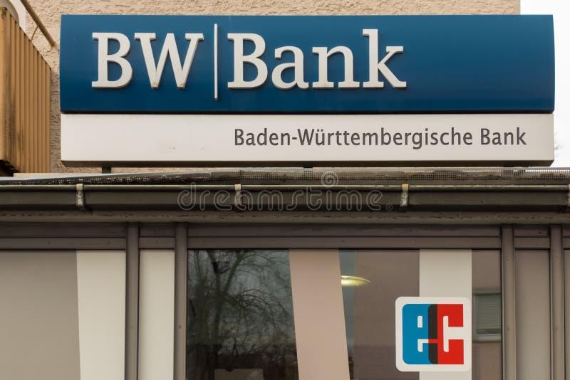 BOEBLINGEN TYSKLAND - JANUARI 21,2018: Berlineren Strasse detta är en självbetjäningmitt av den Baden-Wuerttembergische banken royaltyfria bilder