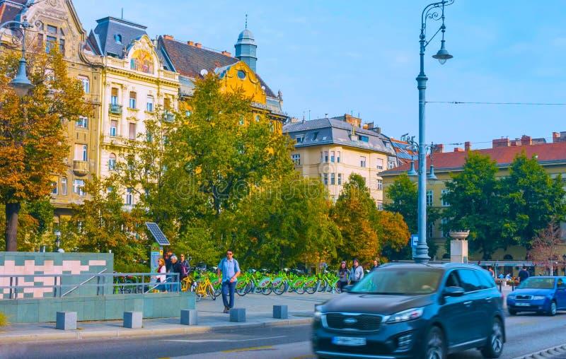 Boedapest, Hongarije - MAI 01, 2019: Toneelmening van oude stad van Szentendre, Hongarije bij zonnige de zomerdag Szentendre is e royalty-vrije stock afbeelding