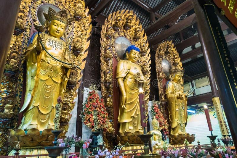 Boeddhistisch Godsstandbeeld in de oude longhuatempel China, Shanghai royalty-vrije stock fotografie