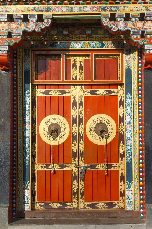 Boeddhistische monastry ingangsdeur royalty-vrije stock foto's