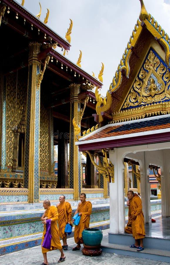 Boeddhistische Monniken in Thailand stock foto's