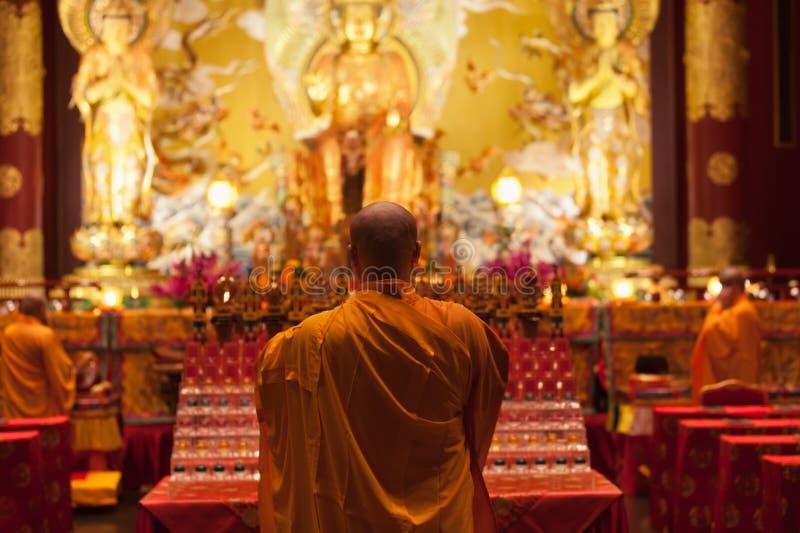 Boedha in de Tempel van het Tandoverblijfsel in de Stad van China, Singapore stock afbeeldingen