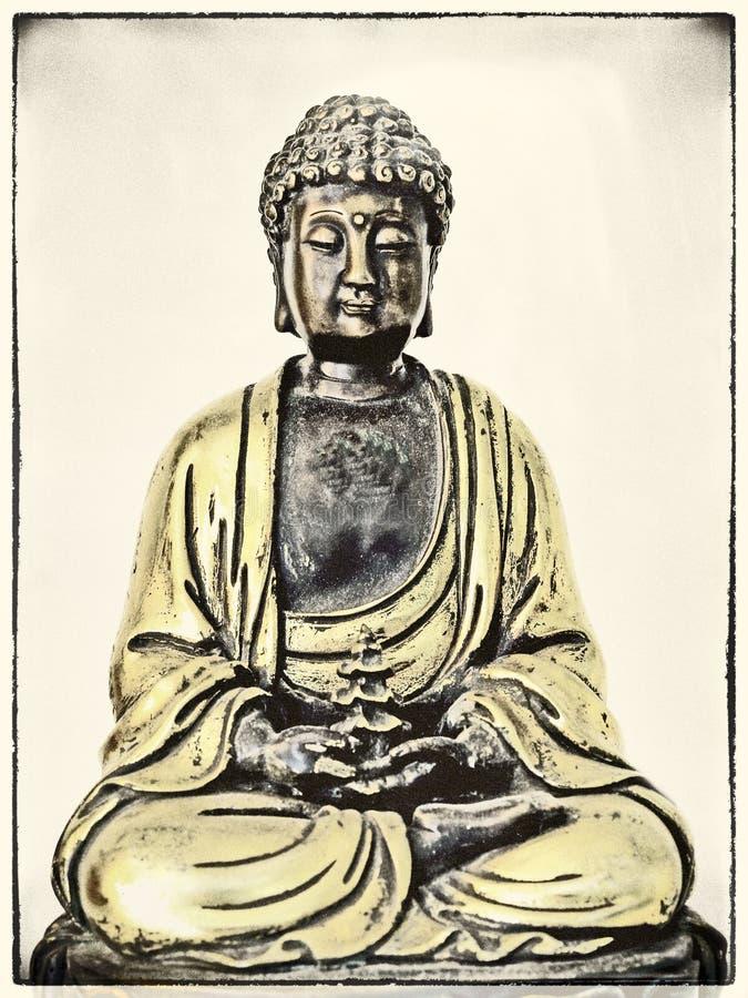 Boedha in diepe meditatie stock afbeeldingen