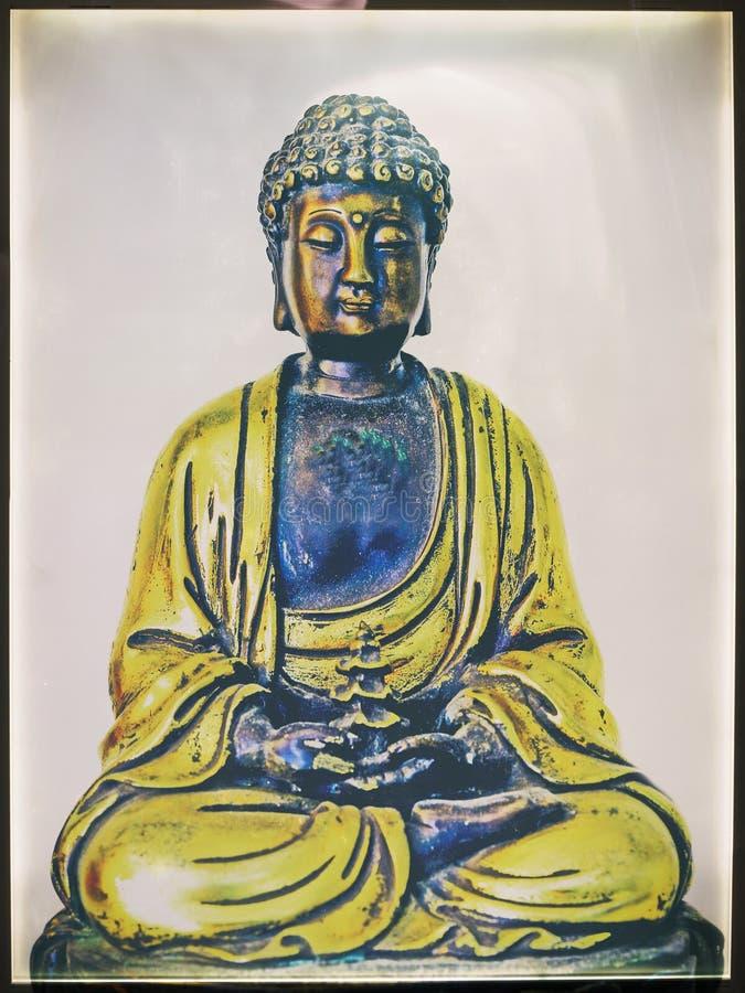 Boedha in diepe meditatie stock fotografie