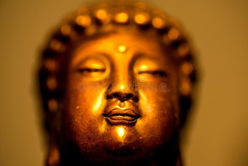 Boedha in diepe meditatie stock foto's