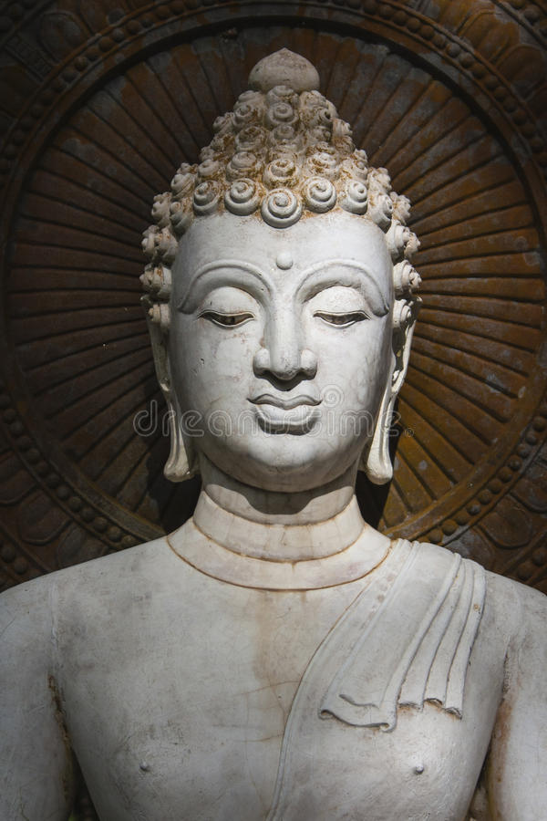 Boedha, gezicht van buddastandbeeld stock foto