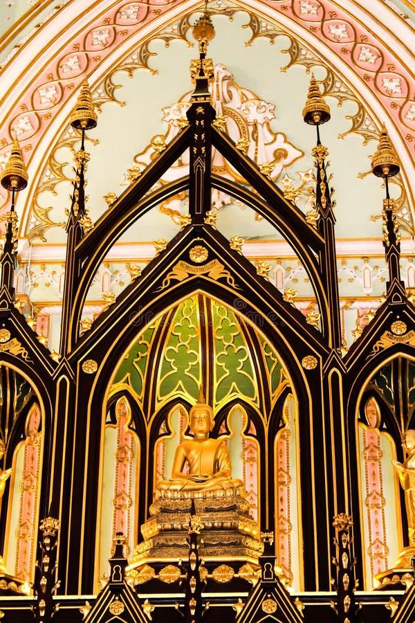 Boedha in Kerk van de Tempel van Niwet Dhamma Prawat, Ayutthaya stock afbeeldingen