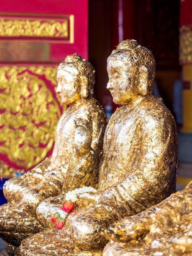 Boedha verguldde in Thaise tempel royalty-vrije stock afbeelding