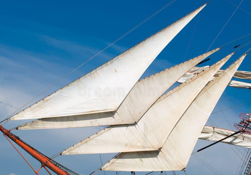Boegspriet met staysails stock foto