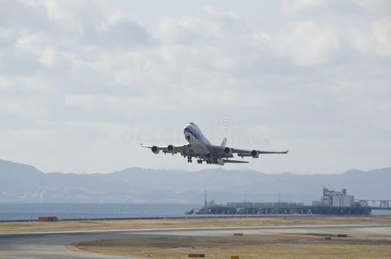 Download Boeing 747 plane starting editorial photo. Image of international - 27841101