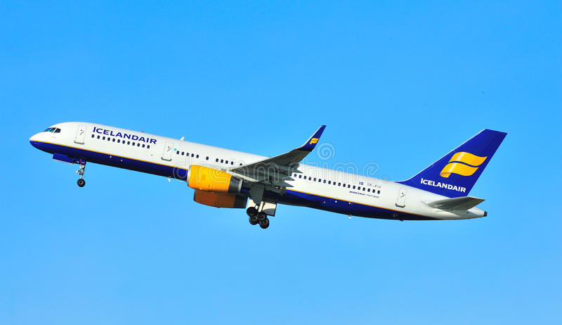 Boeing 757 royalty free stock photos