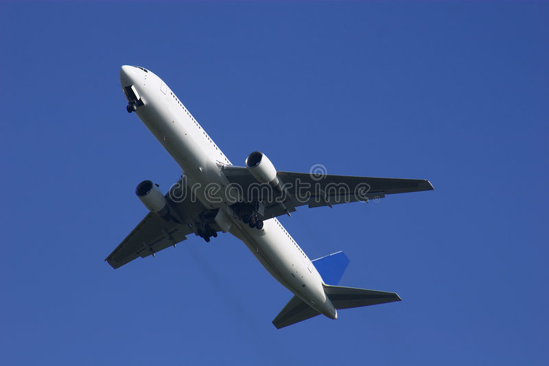 Boeing 767 wspinaczki away zdjęcie royalty free
