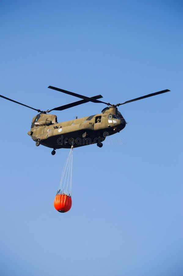 Boeing CH-47 Chinook-zwaar-lifthelikopter royalty-vrije stock fotografie