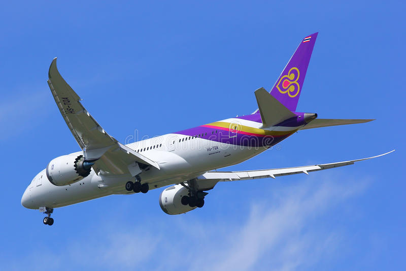 Boeing 787-800. CHIANGMAI , THAILAND - SEPTEMBER 10 2014: Boeing 787-800 Dreamliner HS-TQA of Thaiairway.First of 787 for Thaiairway.Photo shot of landing to stock images