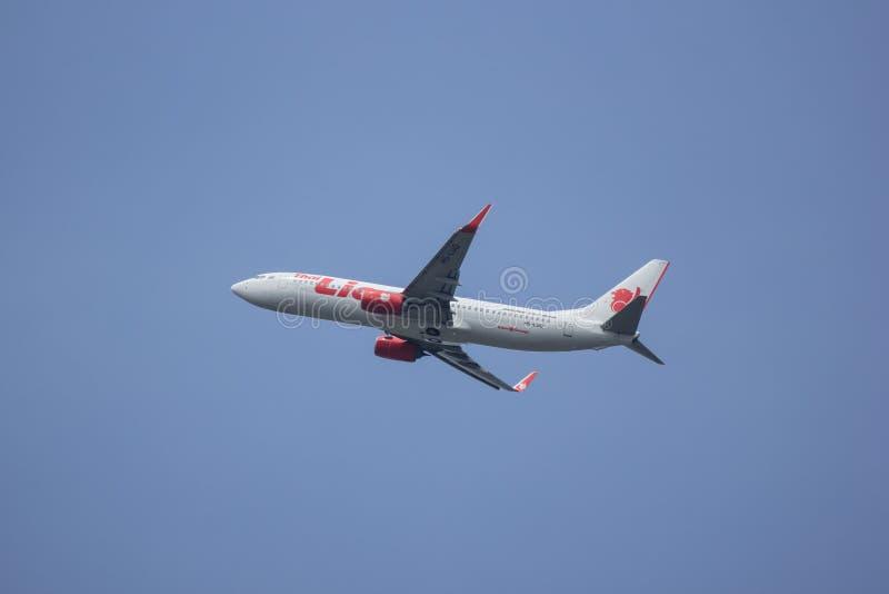 Boeing 737 800 da linha area tailandesa de lion air foto editorial download boeing 737 800 da linha area tailandesa de lion air foto editorial imagem stopboris Images