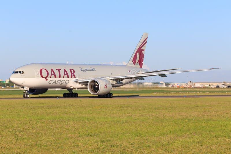 Boeing 777 de Quatar imagenes de archivo