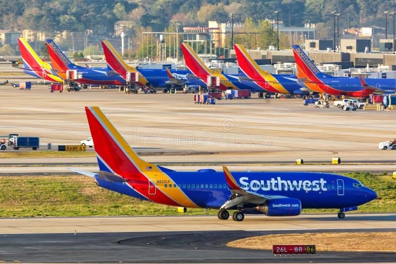 Boeing 737-700 de Southwest Airlines Aéroport d'Atlanta photographie stock libre de droits