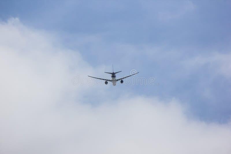 Boeing 777-300 de voie a?rienne tha?landaise photo libre de droits