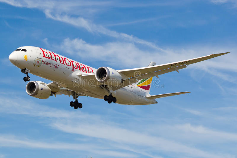 Boeing 787 Dreamliner Ethiopian Airlines. images stock