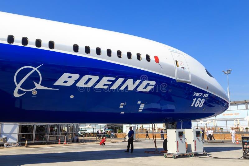 Boeing 787-10 Dreamliner stock photography