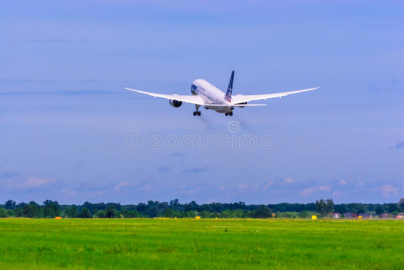 Boeing 787 Dreamliner. royalty free stock photos