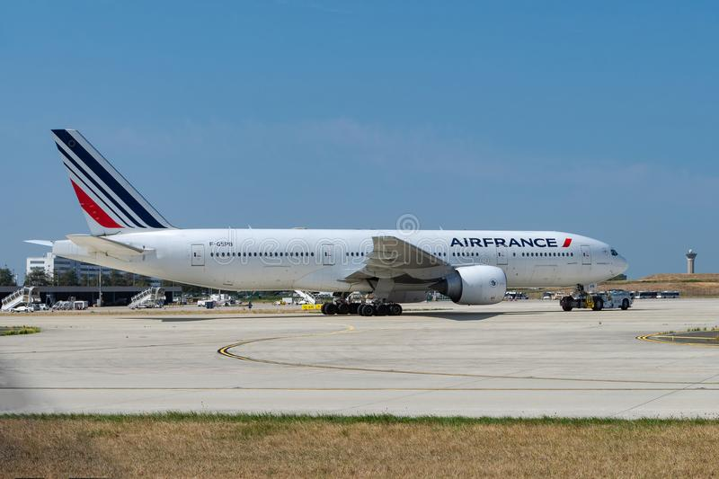 Air France Boeing 777 being towed at Paris CDG Airport stock photography