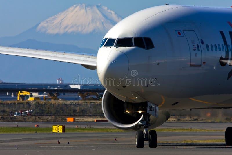 boeing för 777 flygplats internationell jal tokyo fotografering för bildbyråer