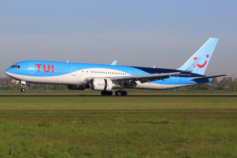 Boeing 767 från TUI fotografering för bildbyråer