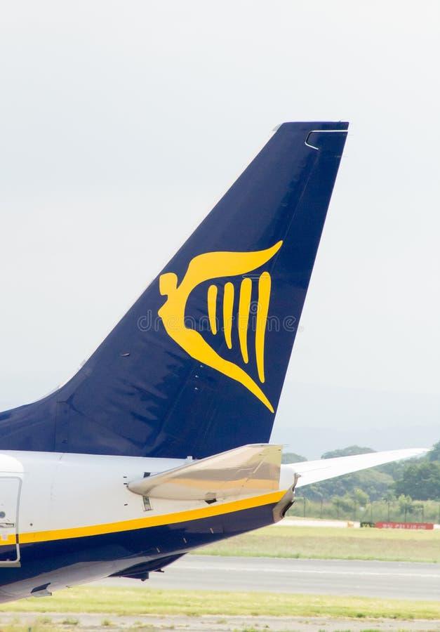 737 boeing ryanair arkivfoton