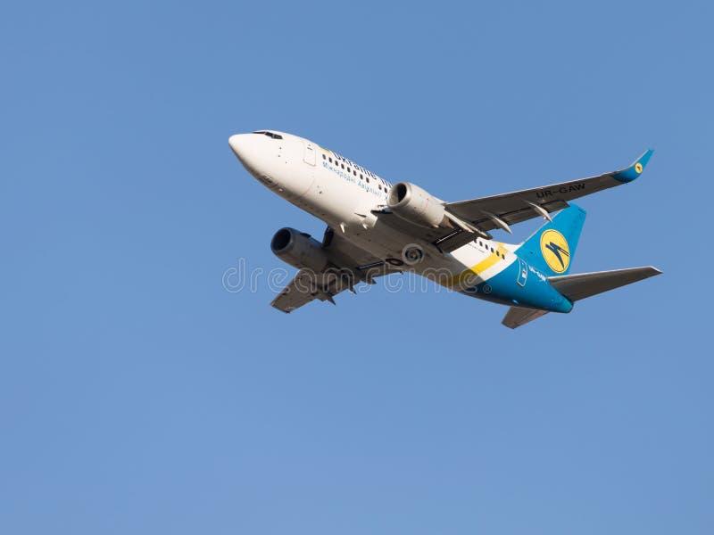 Boeing 737, Ukraine International Airlines zdjęcie royalty free