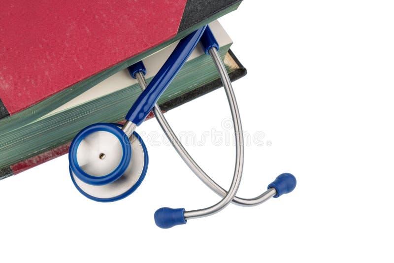 Boek en stethoscoop royalty-vrije stock afbeelding
