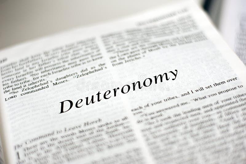 Boek van Deuteronomy stock fotografie