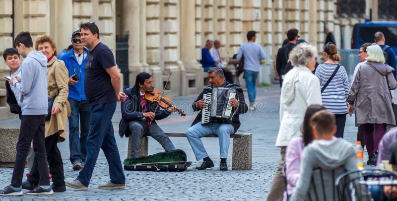 Boekarest - het dagleven in de oude stad stock afbeelding