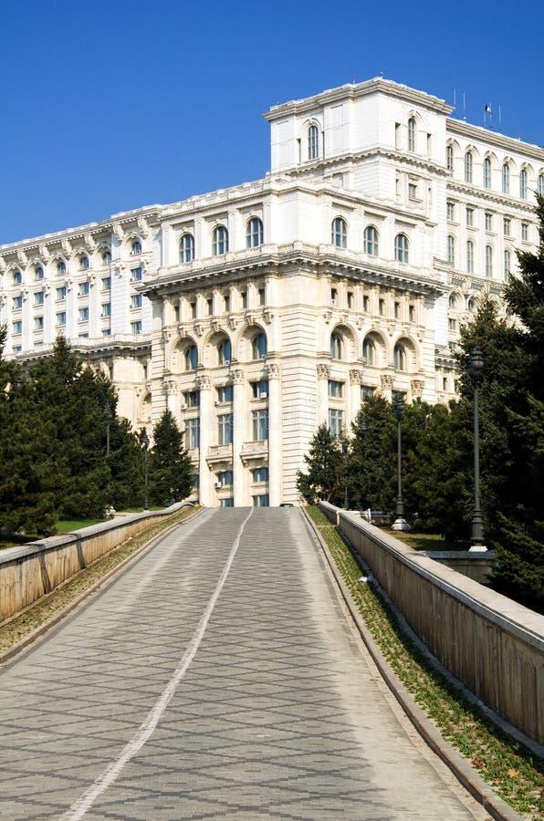 Boekarest - het paleis van het Parlement stock afbeeldingen