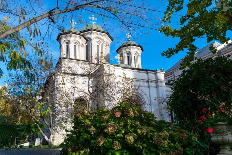 Boekarest, Roemenië - November 04, 2018: Radu Voda Monastery gewijd aan Heilige Nectarios van Aegina en de Heilige Drievuldigheid stock fotografie