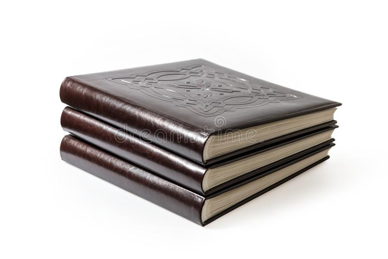 Boeken die op witte achtergrond worden geïsoleerd? royalty-vrije stock fotografie