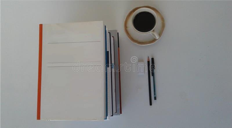 Boeken - Studie - Onderzoek stock foto's