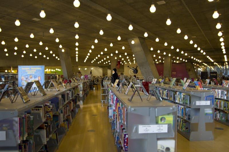 Boeken van de Bibliotheekkinderen van Seattle de Centrale stock foto