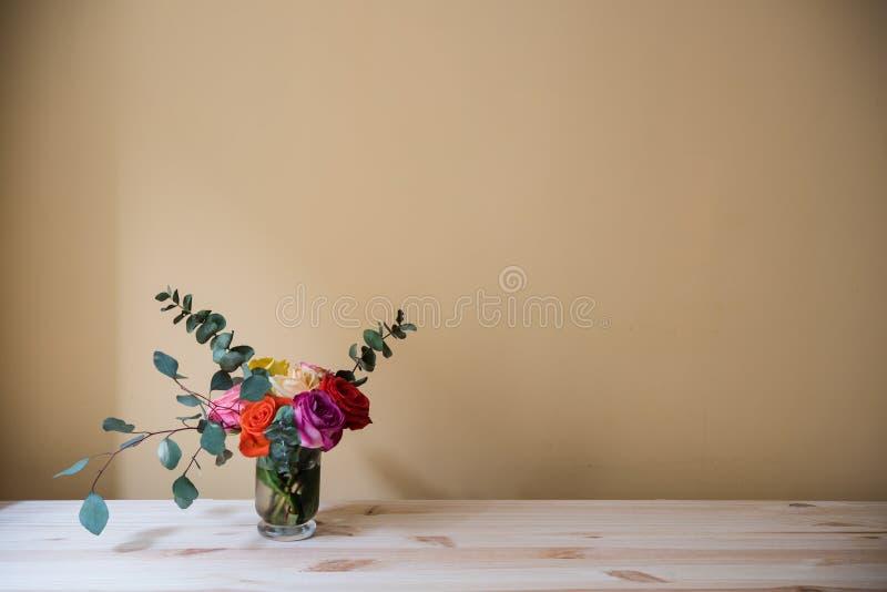 Boeket van kleurrijke rozen royalty-vrije stock foto