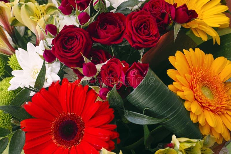 Boeket van mooie bloemen royalty-vrije stock afbeeldingen