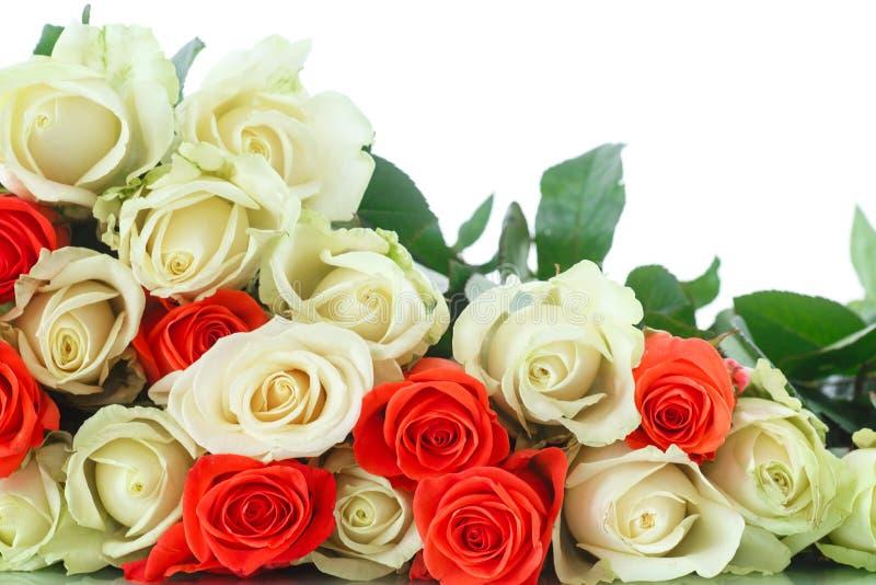 Boeket van rode en gele rozen stock foto's