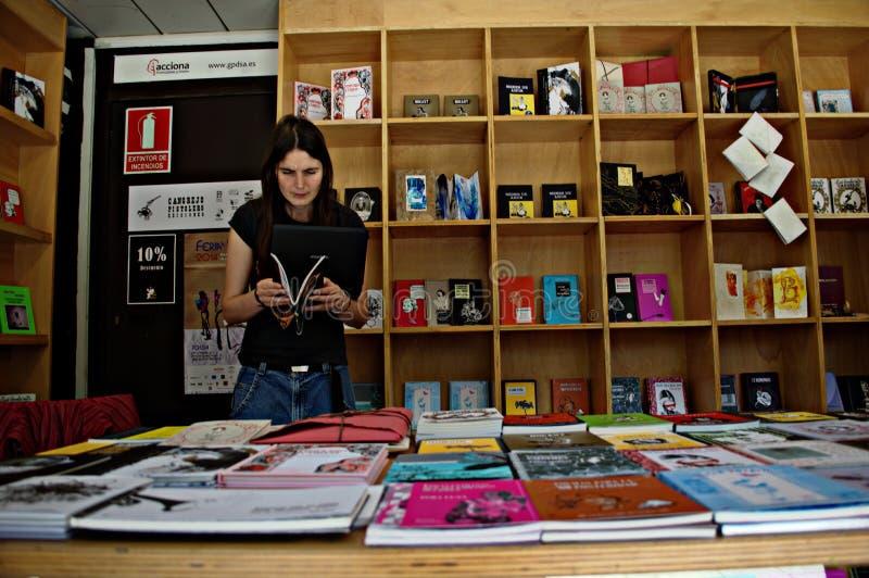 Boekhandelaar 132 stock afbeeldingen