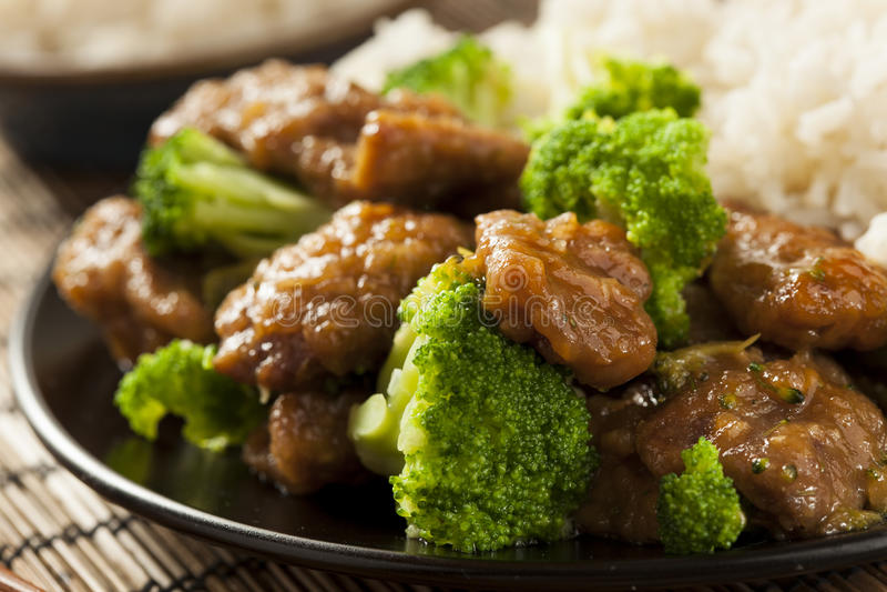 Boeuf et brocoli asiatiques faits maison photos stock