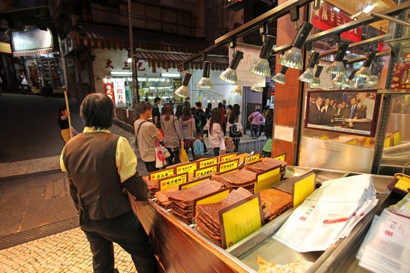 Boeuf séché de viande et porc épicés, nourriture asiatique traditionnelle dans la boutique de Macao photo libre de droits