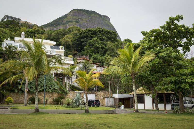 Download Bogaty Okręg W Rio De Janeiro, Brazylia Zdjęcie Stock - Obraz złożonej z destination, drzewo: 106921260