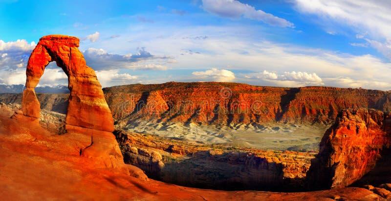 Bogen-Nationalpark, Sonnenuntergang-Wüsten-Landschaft, Utah lizenzfreie stockbilder